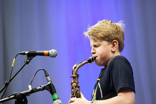 Sam Barnett wins the Youth Category in the MOL Big Busk 2013